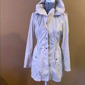 Laundry Rain Jacket